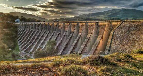 Kontraforna brana