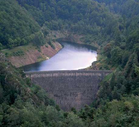 Lučna brana Kombinovana brana